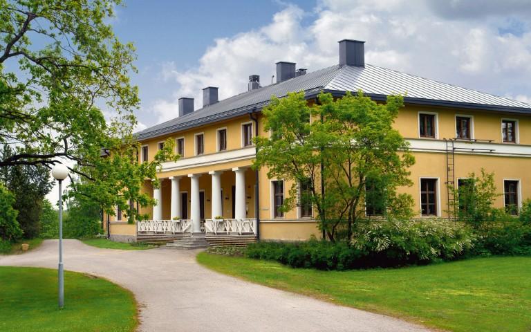 Kyyhkylä Manor & Hotel